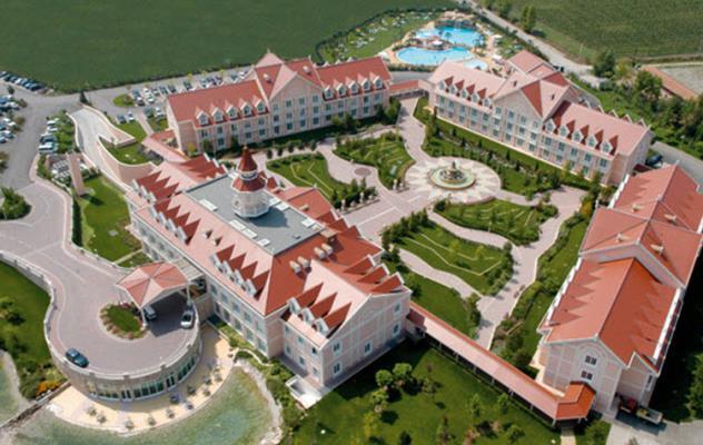AMPLIAMENTO RESORT HOTEL GARDALAND