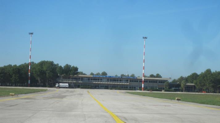 N. 4 AEROPORTI – BARI, BRINDISI, FOGGIA E GROTTAGLIE